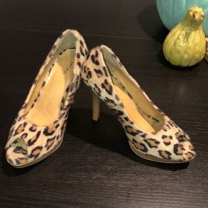 Open Toe Faux Fur Cheetah Heels!